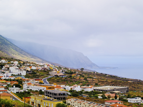 A High-Renewables Tomorrow, Today: El Hierro, Canary Islands